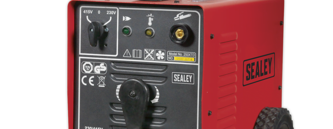 Sealey 250XTD 250Amp Arc Welder 230//415V 3ph with Accessory Kit